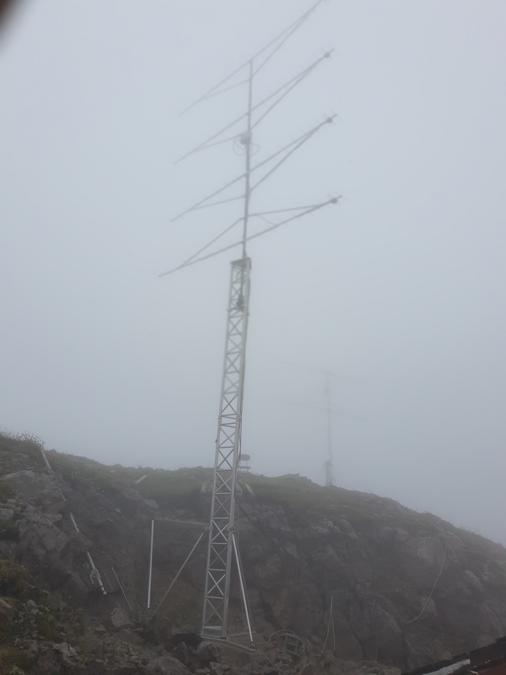 julij-19-70cm-antene.jpg